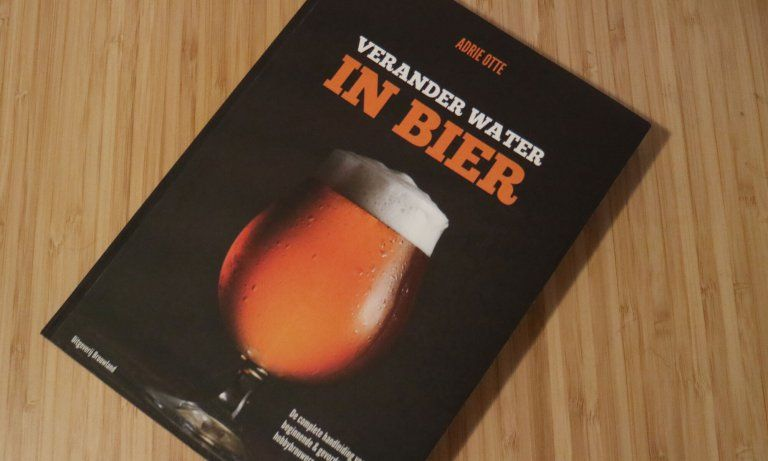 Verander water in bier van Adrie Otte