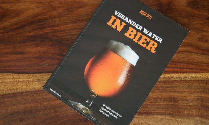 Verander water in bier van Adrie Otte is een van de betere brouwboeken
