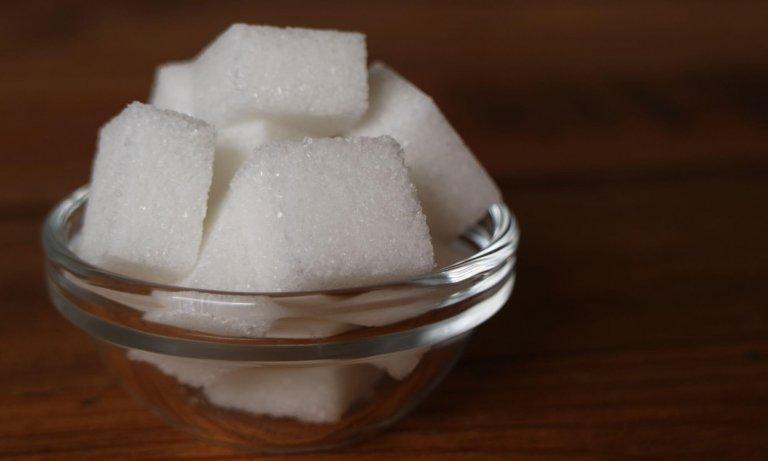 Suiker toevoegen tijdens het brouwen